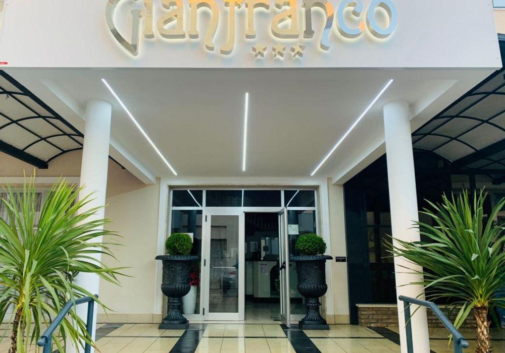 Hotel Gianfranco Torre Pedrera