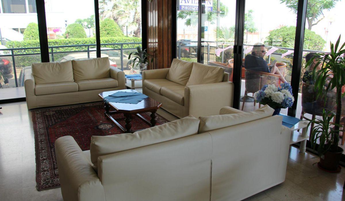 Hotel Avila In
